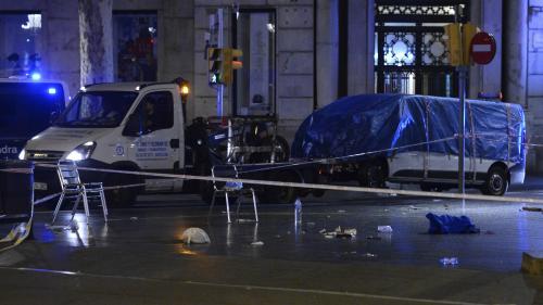 Attentats en Catalogne: l'un des trois hommes arrêtés mardi en France mis en examen et écroué