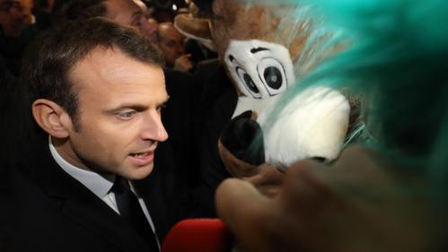 DIRECT. Emmanuel Macron sifflé durant sa visite au Salon de l'agriculture
