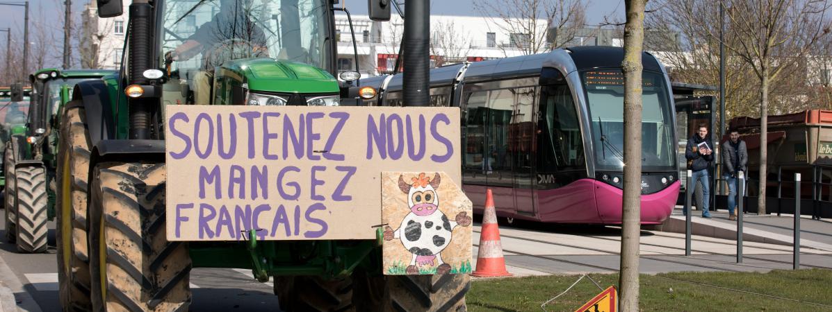 C'est quoi ce traité entre l'UE et le Mercosur qui inquiète tant les agriculteurs français ? On vous résume le projet.