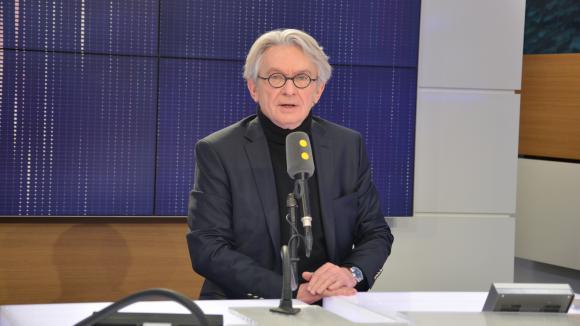 Les syndicats sur le pied de guerre — SNCF
