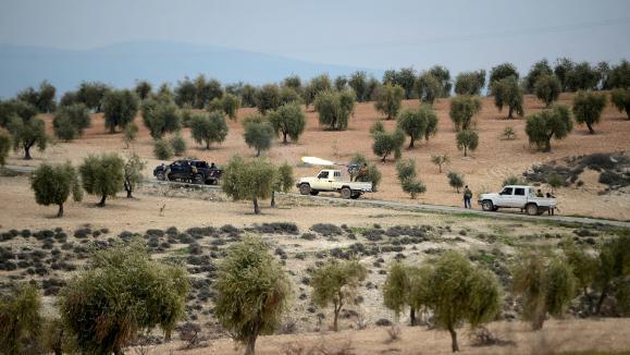 Un premier convoi humanitaire est arrivé dans l'enclave kurde d'Afrin — Syrie