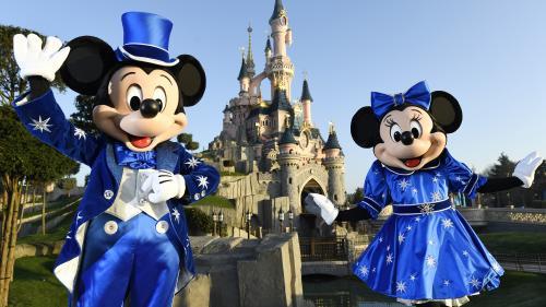 """Disney : voici à quoi ressemblera le futur parc d'attractions dédié à """"Star Wars"""""""