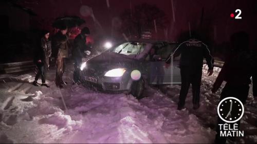 VIDEO. Neige : les dépanneurs ont multiplié les interventions dans l'Hérault