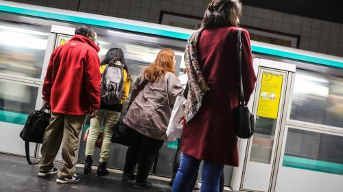 """Des amendes pour avoir emprunté un couloir du métro parisien en sens interdit : """"C'est inadmissible et injustifiable"""""""