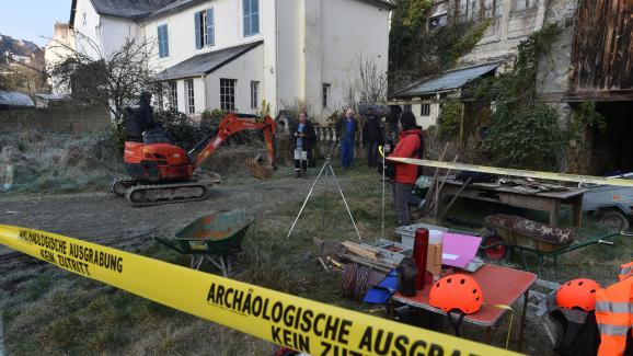 Lors des fouilles effectuées dans l\'ancienne maison des Seznec, à Morlaix (Finistère), le 24 février 2018.