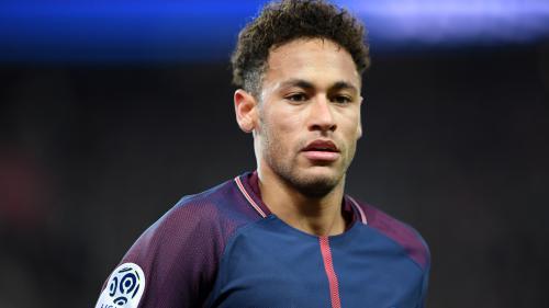 """Foot : l'opération de Neymar """"s'est bien passée"""""""