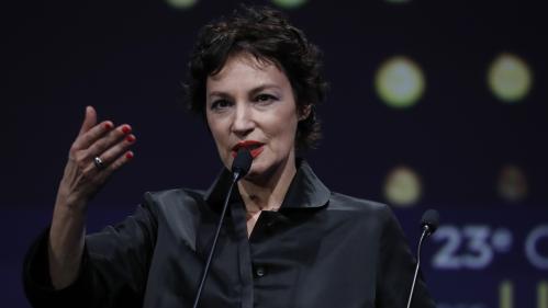 """DIRECT : César 2018 : Jeanne Balibar reçoit le César de la meilleure actrice pour son rôle dans """"Barbara"""""""