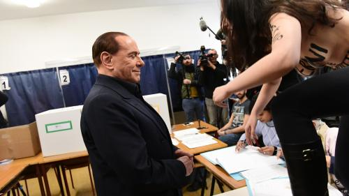 VIDEO. Législatives en Italie : une Femen perturbe le vote de Silvio Berlusconi