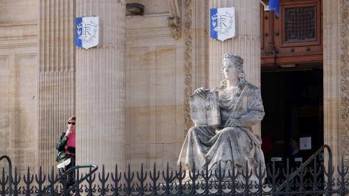 """Procès du """"tueur de la gare de Perpignan"""" : un dispositif hors-norme est mis en place au palais de justice"""
