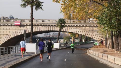 """Paris : Hidalgo va prendre un arrêté """"permanent"""" de piétonnisation des voies sur berge"""