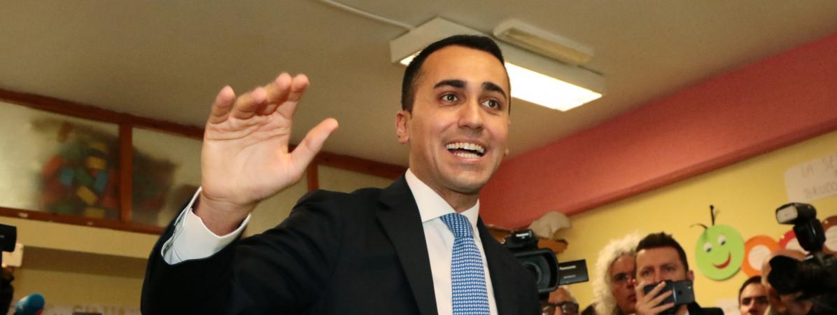 Législatives en Italie : la coalition de droite et d'extrême droite donnée en tête, le M5S à près de 30%, selon les premiers sondages