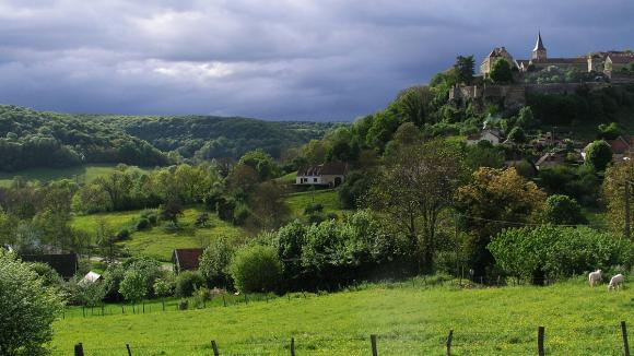 """C\'est à Villiers Saint-Benoit, commune de Puisaye en Bourgogne, que s\'est créée une \""""vraie\"""" mutuelle : Santé Coeur de Puisaye"""