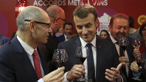 """""""Vu du foie, le vin est bien de l'alcool"""" : des médecins répondent à Emmanuel Macron"""