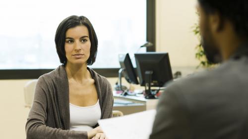 """""""On a toutes un peu tendance à ne pas oser"""": une formation pour aider les femmes à négocier une augmentation de salaire"""