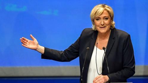 """VIDEO. """"Je vous proposerai donc que le Front national devienne le Rassemblement national"""", dévoile Marine Le Pen"""