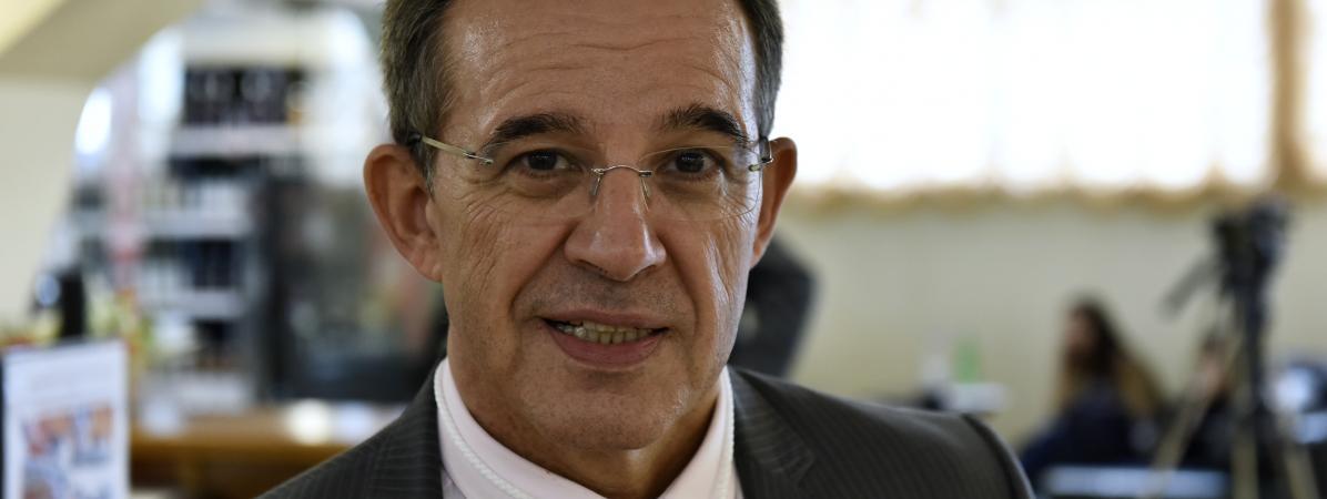 L\'ex-député des Français de l\'étranger Thierry Mariani, à Yalta, en Crimée, le 11 juin 2017.