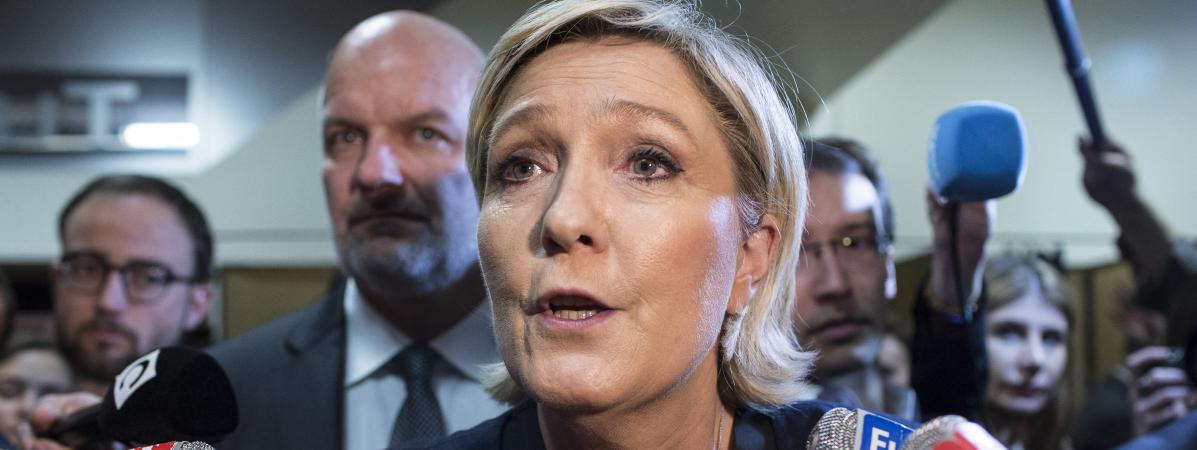 Marine Le Pen, au congrès du FN, à Lille, samedi 10 mars 2018.