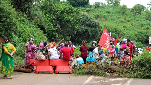 """Mayotte a """"un demi-siècle de retard par rapport à la métropole"""""""