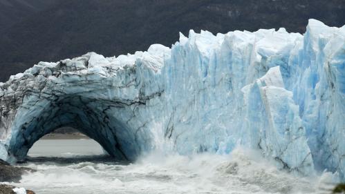 Argentine : l'arche du glacier Perito Moreno se rompt en pleine nuit et sans touristes