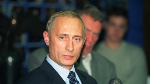 Comment Vladimir Poutine est passé en six mois de chef des services secrets russes à indéboulonnable dirigeant