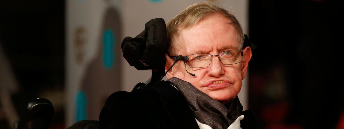 Le célèbre astrophysicien britannique Stephen Hawking est mort à l'âge de 76 ans