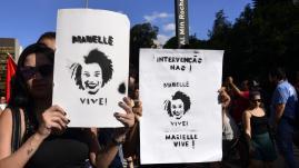 """VIDEO. """"Marielle vit et vivra pour toujours"""" : au Brésil, des manifestants pleurent l'élue de Rio assassinée"""