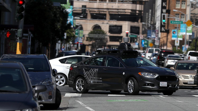etats unis une voiture uber sans conducteur tue une pi tonne. Black Bedroom Furniture Sets. Home Design Ideas