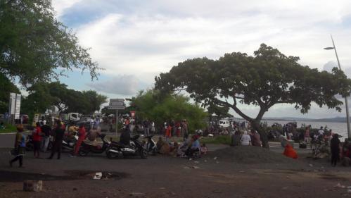 """""""À quoi servirait de voter, on n'a jamais vu quelqu'un nous défendre à Paris"""": la législative à Mayotte marquée par l'abstention"""