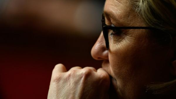 Le brief politique. Le Front national s'inquiète des résultats des législatives partielles