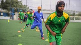 Somalie : des femmes risquent leur vie par amour du foot