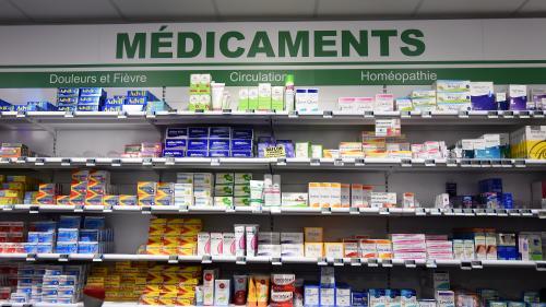 Plus de 10 000 personnes meurent chaque année à cause d'un mauvais usage des médicaments, alertent des professionnels