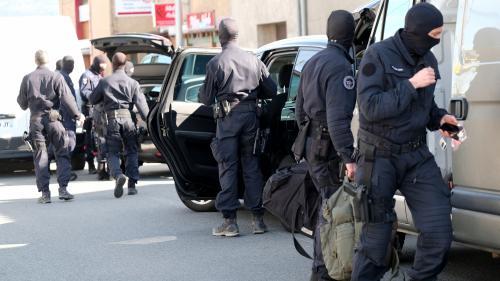 DIRECT. Le bilan des attaques dans l'Aude est de 3 morts et 16 blessés, dont 2 dans un état grave, annonce Emmanuel Macron