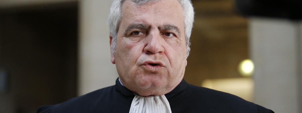 Thierry Herzog s\'exprime depuis le palais de Justice de Paris, le 7 mars 2017.