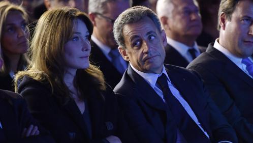 """""""Je suis fière de toi mon amour"""" : Carla Bruni soutient son mari Nicolas Sarkozy après sa mise en examen"""