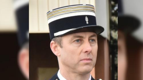 """Arnaud Beltrame avait déjà porté secours """"au péril de sa vie"""" à une Française sur le point de se faire enlever en Irak"""
