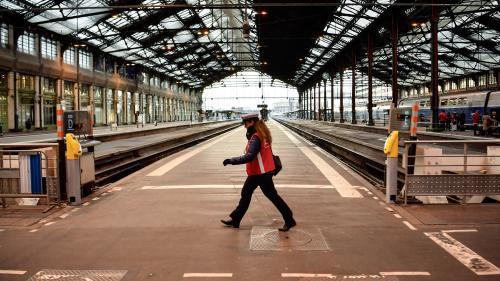 Comment la direction de la SNCF tente de limiter les effets de la grève des cheminots