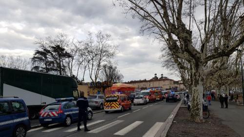Rhône : un accident de manège dans une fête foraine fait un mort et quatre blessés