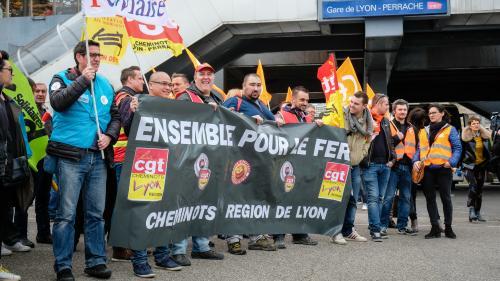 """Cagnotte pour soutenir les grévistes de la SNCF : """"C'est un raz-de-marée"""", se félicite son créateur"""