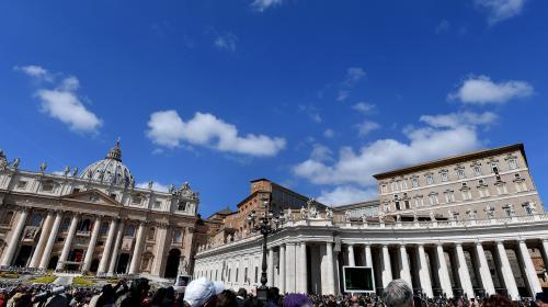Pédophilie : un prêtre arrêté au Vatican