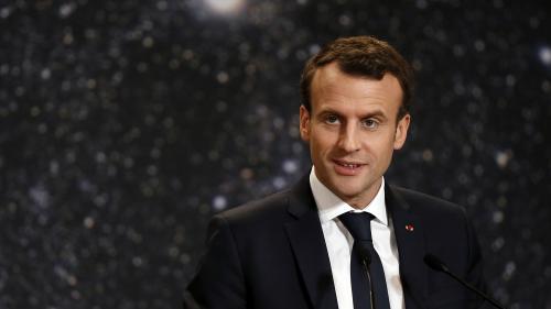 Emmanuel Macron et le prince héritier saoudien Mohammed Ben Salmane ont dîné en privé au Louvre