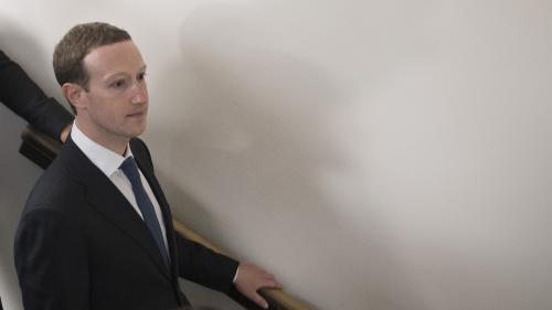 Mark Zuckerberg : va-t-il enfin pouvoir sortir Facebook de la crise ?