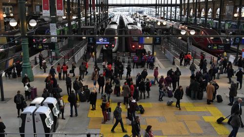 SNCF : sur les quais, les passagers entre fatigue et fatalisme