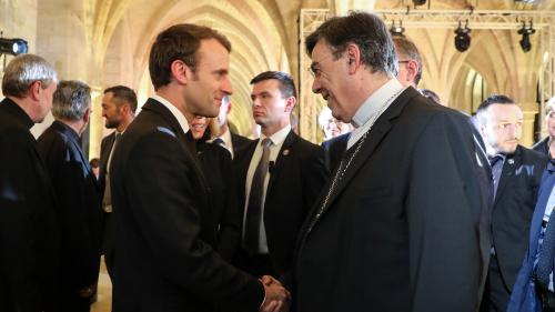 """Macron devant les évêques : """"Jamais un président ne s'était adressé de cette manière aux catholiques"""""""