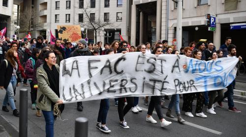 DIRECT. Les étudiants manifestent à nouveau pour protester contre la réforme de l'accès à l'université