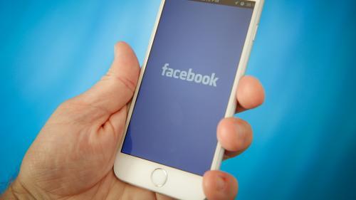 Facebook offre jusqu'à 40 000 dollars aux utilisateurs qui signalent une utilisation abusive des données personnelles
