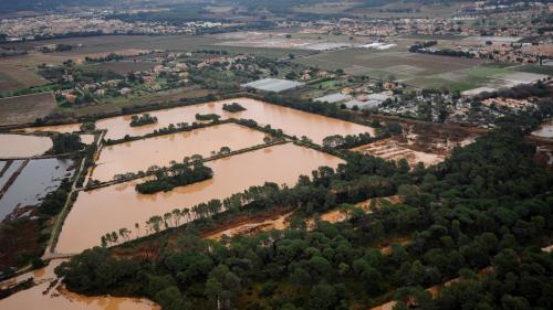 Météo : les Alpes-Maritimes, l'Aveyron, les Pyrénées-Atlantiques et le Var placés en vigilance orange aux inondations