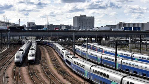 Grève à la SNCF : un tiers des TGV et des TER, 2 Transilien sur 5 et 1 Intercités sur 5 circuleront demain