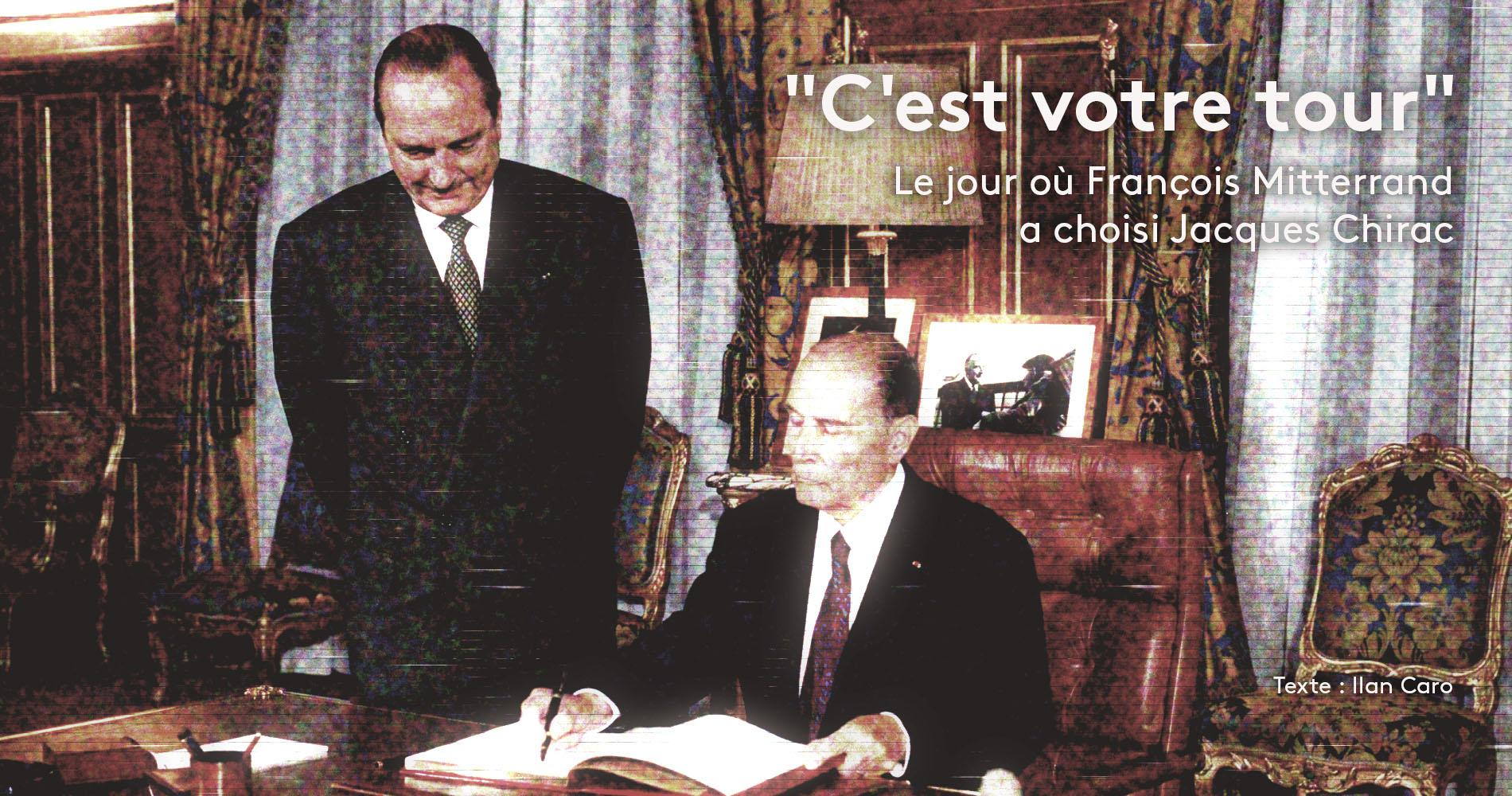 Jacques Chirac et François Mitterrand, dans le bureau du maire de Paris, le 25 août 1994.