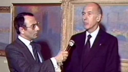 """VIDEO. Giscard, Mitterrand, Chirac, avant Macron sur TF1... Quand les présidents passent au """"13heures"""""""