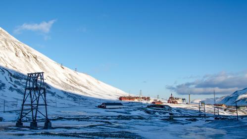 GRAND FORMAT. Bienvenue à Longyearbyen, la ville de l'Arctique interdite aux faibles